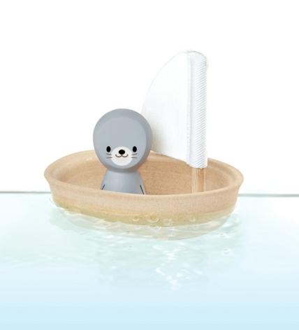 Badbåt i trä
